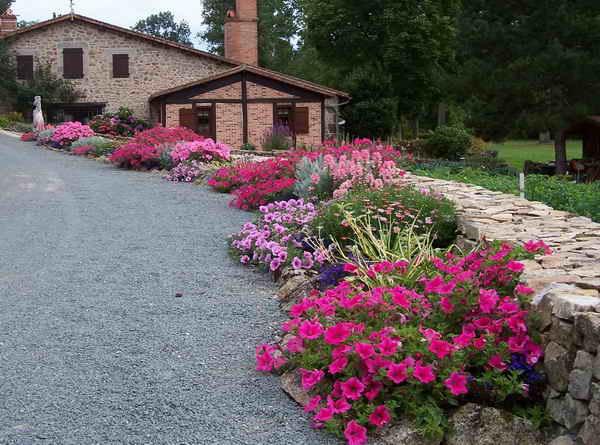 Les Jardins Du Gu All E Fleurie - Exemple De Massif Fleuri Toute L ...